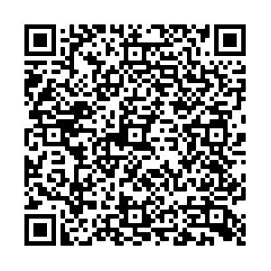 Qr code stele 1