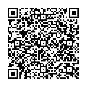 Qr code stele 2