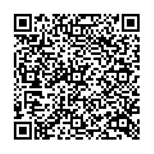 Qr code stele 4